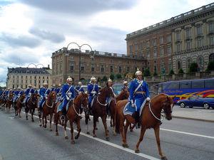 Гвардейцы перед королевским дворцом в Стокгольме