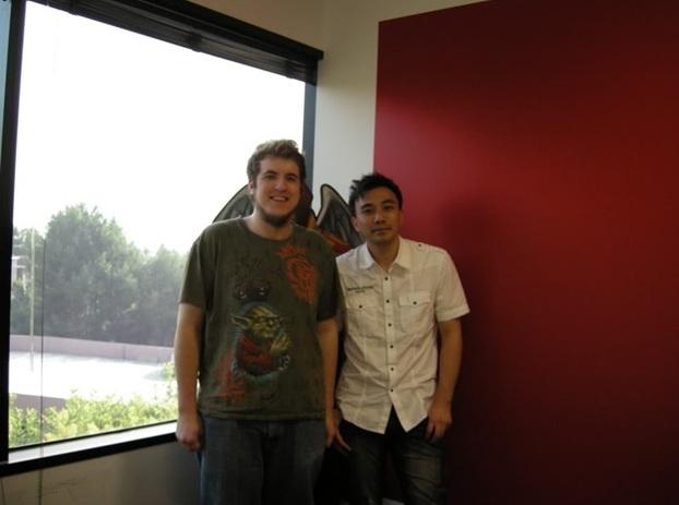 Легендарный разработчик DotA - Guinsoo, на фотографии слева